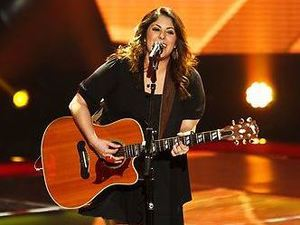 Tawnya Reynolds performs on The Voice US S04E02