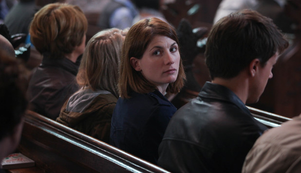 Susan Brown as Liz Roper, Jodie Whittaker as Beth Latimer, Charlotte Beaumont as Chloe and Andrew Buchan as Mark Latimer  in Broadchurch Episode 4