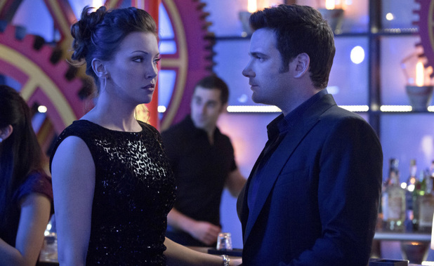 Katie Cassidy as Laurel Lance and Colin Donnell as Tommy Merlyn in Arrow S01E17: 'The Huntress Returns'