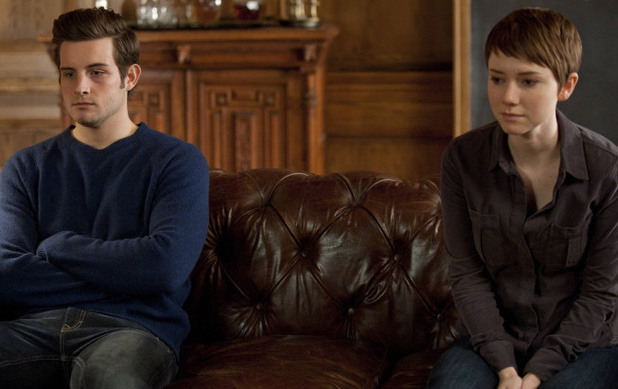 Jacob (Nico Tortorella) and Emma (Valorie Curry) in The Following S01E10: 'Guilt'