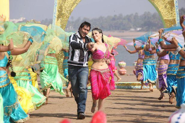 Ajay Devgn, Tamanna Bhatia in Himmatwala