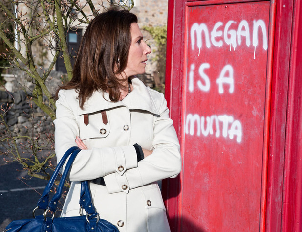 6525: Megan is livid when she discovers graffiti calling her a 'munta' while showing prospective clients around. She suspects Sean is behind it