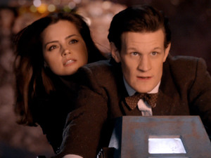 The Doctor (Matt Smith) & Clara (Jenna-Louise Colman) in Doctor Who S07E02: &#39;The Rings of Akhaten&#39;