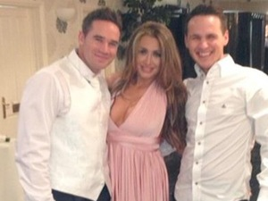 Lauren Goodger tweets picture from Katie Price wedding.