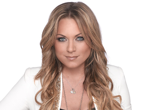 Rita Simons as Roxy Mitchell.