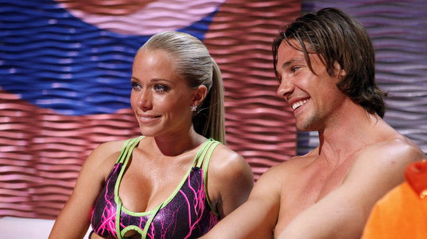 Kendra Wilkinson & Rory Bushfield on Splash USA S01E03