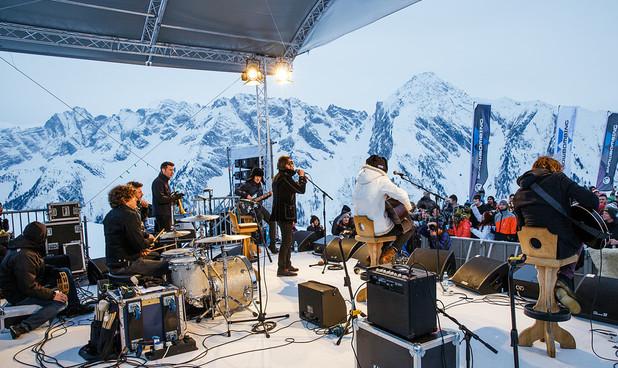 mountain top play