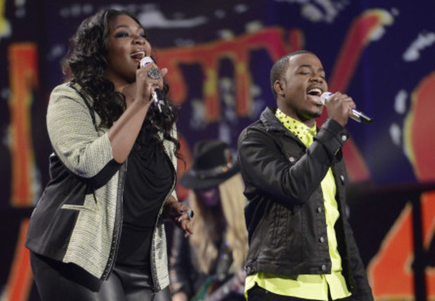 Candice Glover and Burnell Taylor perform on American Idol