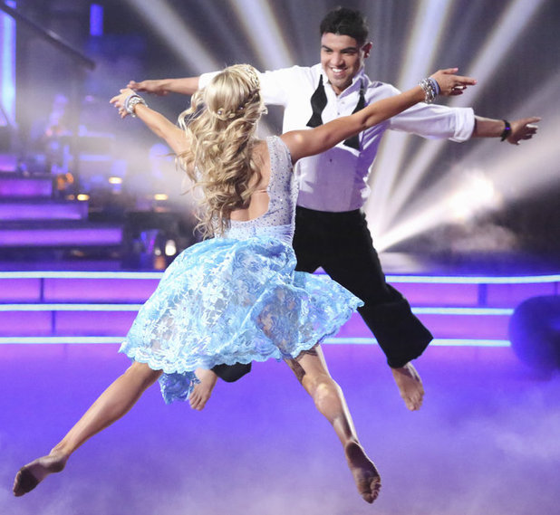 Dancing with the Stars - week 3: Lindsay Arnold and Victor Ortiz