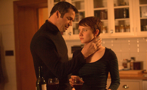 Emma (Valorie Curry) and Joe Carroll (James Purefoy) have a moment in The Following S01E12: 'The Curse'