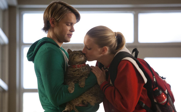 Sam (Chord Overstreet) gives Brittany (Heather Morris) a female cat called Lady Tubbington in Glee S04E18: 'Shooting Star'