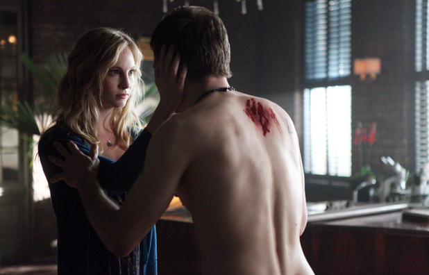 Candice Accola as Caroline and Joseph Morgan as Klaus in The Vampire Diaries S04E18: 'American Gothic'