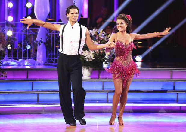 Dancing with the Stars - week 4: Lisa Vanderpump and Gleb Savchenko