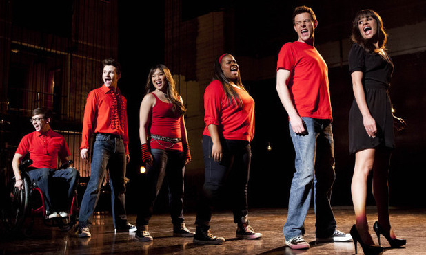 The glee club perform in Glee S04E19: 'Sweet Dreams'
