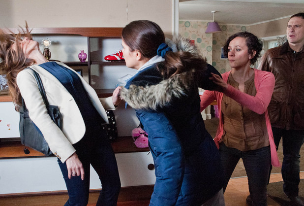 6536: Rachel realises Megan is chucking Ali out so she can move in and pushes her towards the door, leaving Megan furious. She provokes Rachel who punches Megan on the nose just as Declan and Ruby arrive
