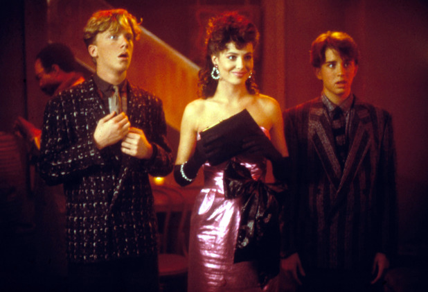 Anthony Michael Hall, Kelly Lebrock and Ilan Mitchell Smith in Weird Science (1985)