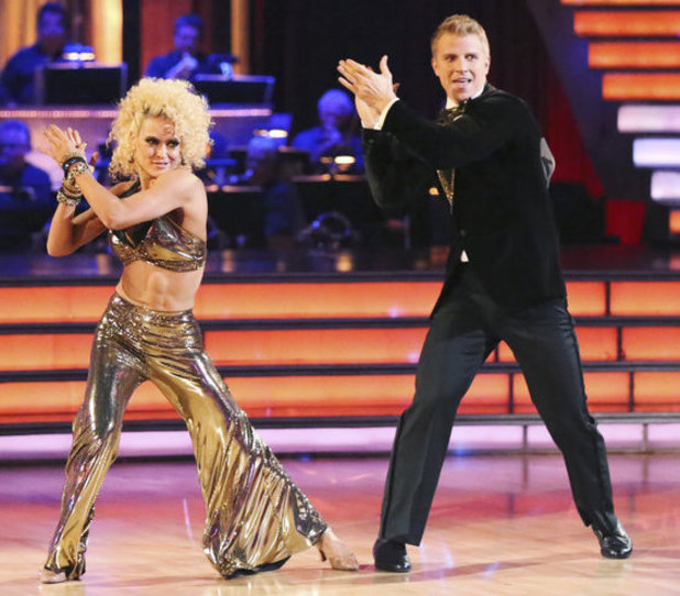 Dancing with the Stars - week 5: Sean Lowe & Peta Murgatroyd