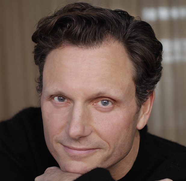Tony Goldwyn's official headshot