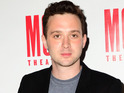 Eddie Kaye Thomas calls police after houseguest allegedly threatens his life.