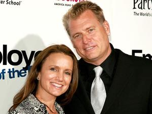 Joe Simpson and wife Tina Simpson at the premiere of 'Employee of the Month' in California, September 2006.