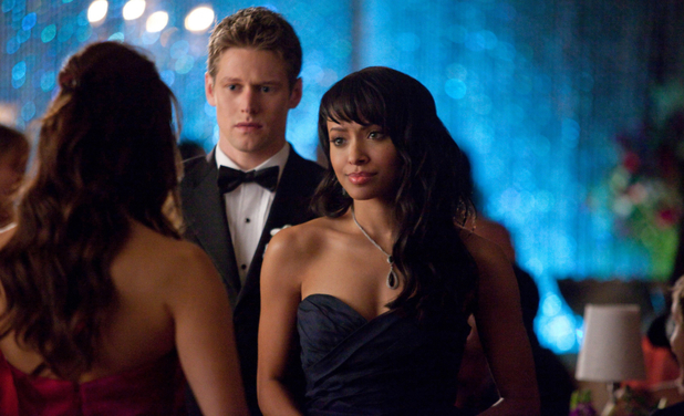 Zach Roerig as Matt, and Kat Graham as Bonnie in The Vampire Diaries S04E19: 'Pictures of You'