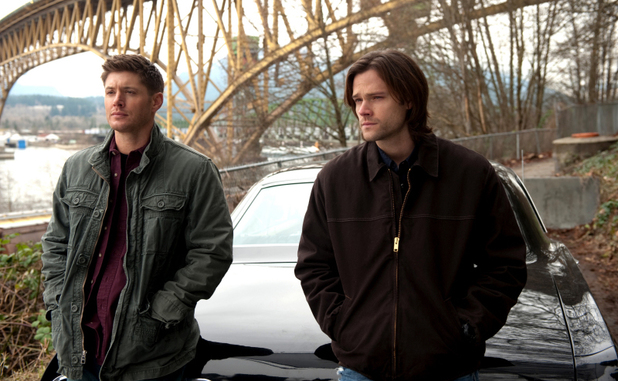 Jensen Ackles as Dean and Jared Padalecki as Sam in Supernatural S08E20: 'Pac-Man Fever'