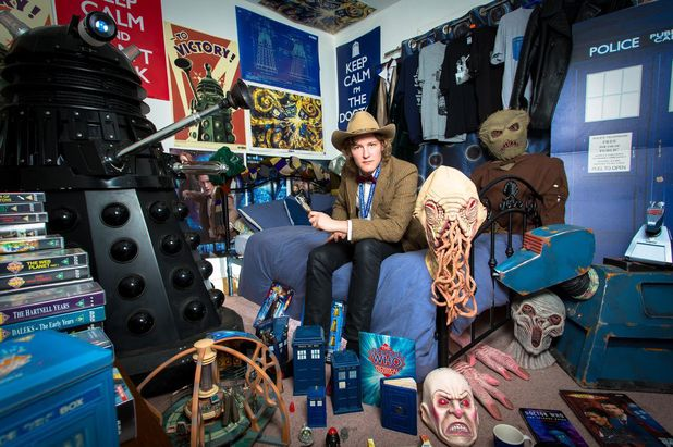 doctor who 39 fanatic offers stays in who themed home pictures