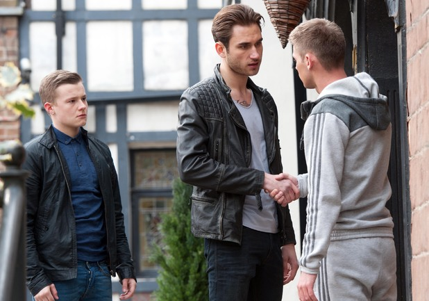 Ste agrees to sell drugs for Freddy.