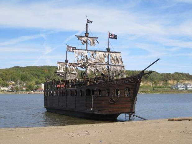 Pirate ship for sale on Craigslist