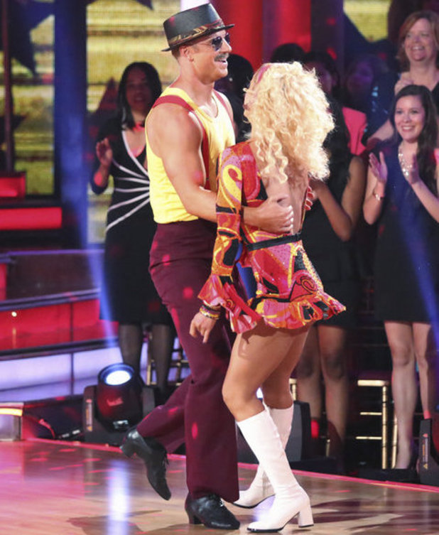 Dancing with the Stars - week 6: Sean Lowe & Peta Murgatroyd