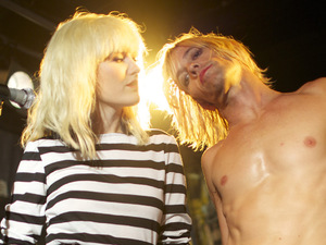 Malin Akerman, Taylor Hawkins on the set of 'CBGB'