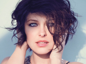 Emma Willis poses in the June issue of Cosmopolitan