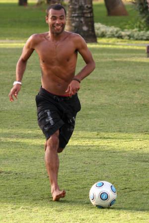 Ashley Cole, shirtless