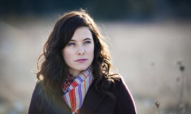 Caroline Dhavernas as Dr. Alana Bloom in Hannibal S01E07: Fromage