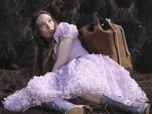 Once Upon a Time in Wonderland, first look