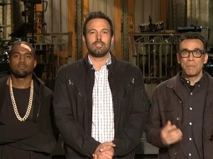 Ben Affleck, Kanye West and Fred Armisen in 'SNL'