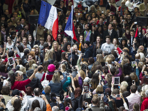 Les Mis flashmob