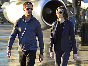 Josh Holloway and Meghan Ory in 'Intelligence'