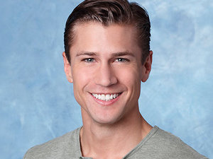 The Bachelorette Season 9: Drew