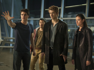 Robbie Amell as Stephen, Aaron Woo as Russell, Luke Mitchell as John and Peyton List as Cara in 'The Tomorrow People'