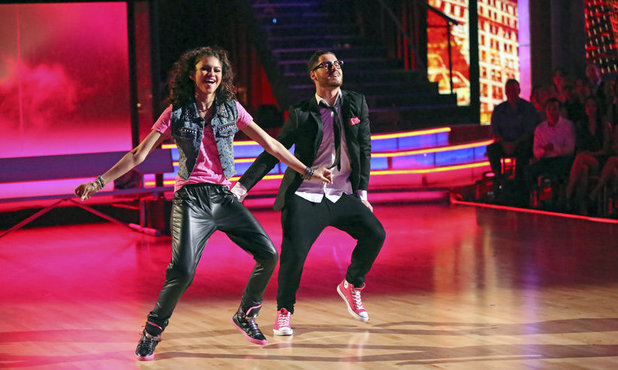 Dancing With The Stars Week 9: Val Chmerkovskiy & Zendaya