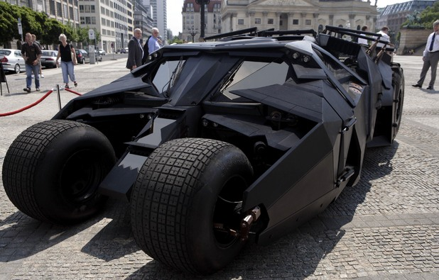 Batmobile (Tumbler) 2005 edition