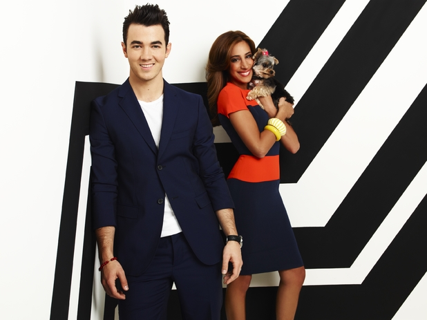Kevin Jonas and Danielle Jonas on Married To Jonas