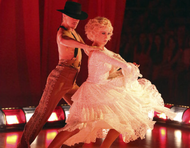 Dancing With The Stars Week 9: Derek Hough & Kellie Pickler