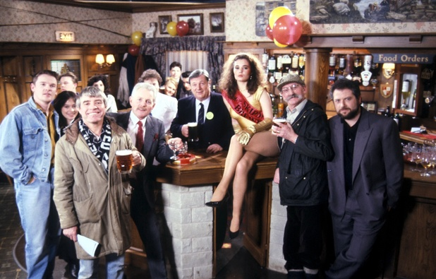 Richard Thorp as The Woolpack landlord in 1991, alongside his fellow cast members