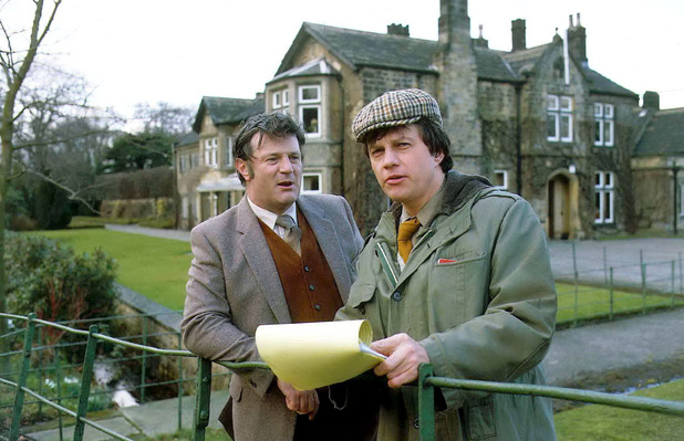 Richard Thorp alongside Frazer Hines