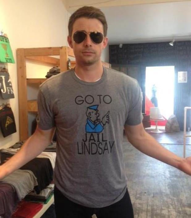 Mean Girls star Jonathan Bennett wears a Lindsay Lohan T-shirt