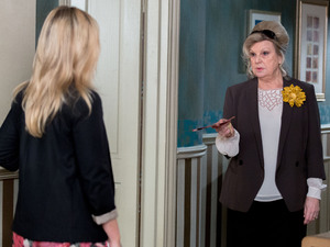 Cora tries to get Tanya to see the truth about Lauren.