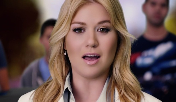 Kelly Clarkson in 'People Like Us' music video.