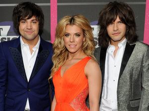 The Band Perry arriving at the 2013 CMT Music Awards